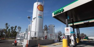 Shell-TA LNG lanes in Ontario, Calif.